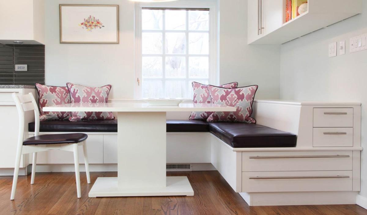 Как разместить диван на кухне - фото5