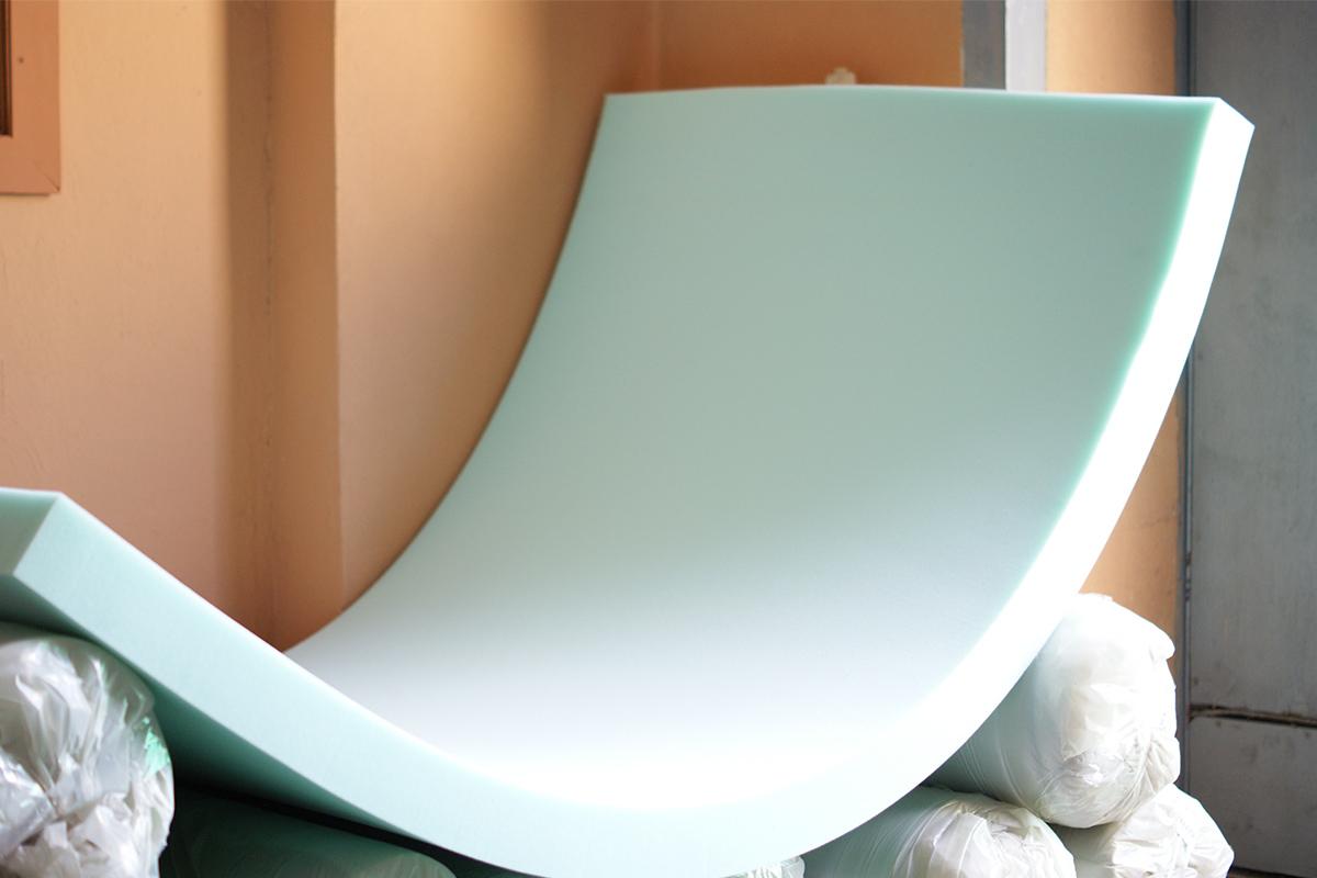 Картинки по запросу Для чего служит мебельный поролон и как выбрать подходящий